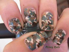 Military Nails - Kendall I thought of you. Camouflage Nails, Camo Nails, Military Camouflage, Military Nails, Cute Nail Polish, French Acrylic Nails, Kiss Nails, Nail Ring, Nail Brushes