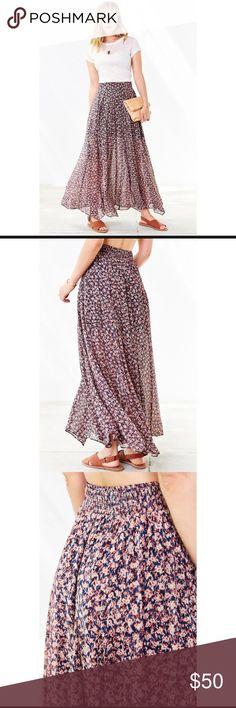 Ecote Lilith maxi skirt size XS Floral ecote Lilith maxi skirt size XS Urban Outfitters Skirts Maxi