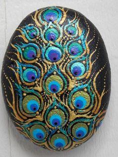 Peacock Painting, Peacock Art, Dot Art Painting, Mandala Painting, Pebble Painting, Pebble Art, Stone Painting, Peacock Feathers, Peacock Drawing