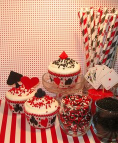 Welcome To Vegas Party Cupcake Kit by sweettreatssupplies on Etsy, $20.50