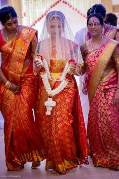 Bride AR Wedding Rituals, Beautiful Bride, Bridal Style, Wedding Ceremony, Wedding Decorations, Sari, Photoshoot, Indian, Womens Fashion