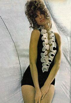 Jean Shrimpton by Penati Vogue 1968
