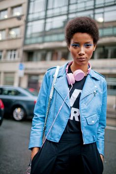 Street style at Paris Couture Week [Photo: Kuba Dabrowski] Fashion News, Fashion Outfits, Female Outfits, Women's Fashion, I Love Being Black, Lineisy Montero, Street Chic, Street Snap, Couture Week