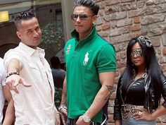 Rough weekend at the 'Jersey Shore'! JWoww on crutches, Deena arrested  Miss this show already!