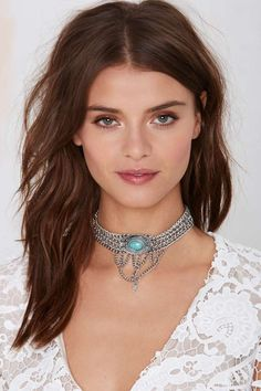 We're all about turquoise for festival season and this silver chain choker is our latest addiction.