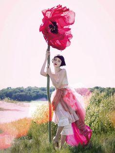 Amanda Pratt shot Andressa Fontana for the 12th issue of Karen magazine.