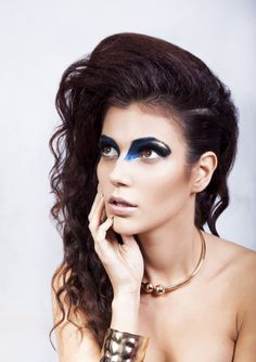 model: Magdalena Małochleb foto: Karolina Dutka make-up: Agnieszka Pąchalska hair: Marta Ignaczak stylist: Magdalena Szymczyk