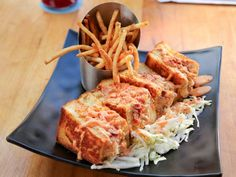 Lobster and Crab Stuffed Grilled Cheese Recipe from Food Network Lobster Recipes, Seafood Recipes, Recipes Dinner, Dove Food, Dove Recipes, Hawaiian Sweet Breads, Food Network Recipes, Cooking Recipes, Vegetarian Recipes