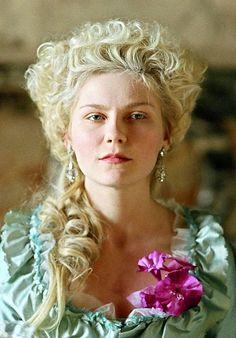 Kirsten Dunst in Marie Antoinette (2006)