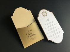 This papeterie extraordinarily combines the classic factors of handwritten name cards with the wedding menu. Fine Art Calligraphie for the guests names. Letterpress Wedding Invitations, Letterpress Printing, Wedding Stationery, Wedding Menu, Gold Wedding, Name Cards, Paper Goods, Factors, Wedding Inspiration