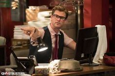 Chris Hemsworth gets his Ghostbusters debut with new character...