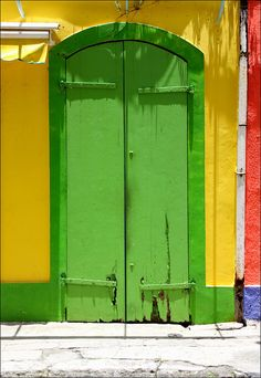 Green door | Flickr - Photo Sharing!