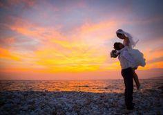 エンゲージメントフォト #japan #wedding #bridal #osaka #photographer #camera #love #sea #married #photography #nature #amazing #happy #cool