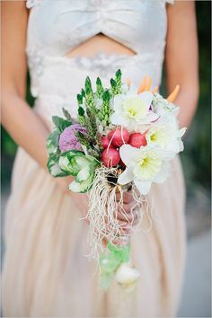 Get the best non-floral wedding bouquet ideas for brides and bridesmaids. These clutches without flowers are so unique. Fruit Wedding, Floral Wedding, Wedding Flowers, Bride Flowers, Diy Flowers, Wedding Bride, Wedding Flower Arrangements, Wedding Bouquets, Vegetable Bouquet