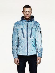 Liquid Reflective Another Something Stone Island Reflective Jacket, Football Casuals, Streetwear Men, Outdoor Wear, Leather Vest, Mens Fashion, Fashion Outfits, Light Jacket, Men Looks