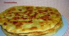 Tiganopsomo flat bread translated on site Gf Recipes, Greek Recipes, Dessert Recipes, Cooking Recipes, Recipies, Greek Sweets, Greek Desserts, Greek Bread, Eat Greek