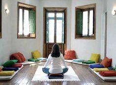salas de yoga rusticas - Buscar con Google                              …