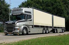 Trucks Only, Big Rig Trucks, Semi Trucks, Scania V8, Road Transport, Road Train, Semi Trailer, Heavy Machinery, Motorhome