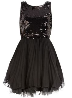Sequin and pleat prom dress discovered on Fantasy Shopper Xmas Party Dresses, Holiday Dresses, Prom Dresses, Stylish Outfits, Fashion Outfits, New Years Dress, Night Out Outfit, I Love Fashion, Dress To Impress