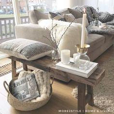 My Home: binnenkijken bij mirielle. My Living Room, Home And Living, Living Room Decor, Bedroom Decor, Interior Design Living Room Warm, Image Deco, Craftsman Home Interiors, Adobe House, Creation Deco