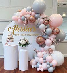 1st Birthday Party For Girls, Birthday Balloon Decorations, Girl Birthday Themes, Diy Birthday, Baby Shower Decorations, Birthday Cake, Baby Shower Balloons, Baby Shower Garland, Balloon Garland