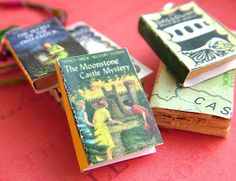 small world land: Day 1: Shrink your Favorite Books, Do for a gift for the book lovers you want to bless!