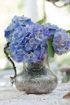 rose-loveposts: Hydrangea in old silver