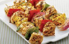 Chicken Kabobs -- a perfect Mrs. Dash recipe - mrsdash.com