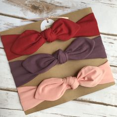 Excited to share this item from my shop: Baby headband, baby headband set, baby shower gift Beautiful baby headbands, they are hand made with high quality materials. Diy Baby Headbands, Baby Hair Bows, Fabric Headbands, Handmade Headbands, Headband Baby, Handmade Gifts, Toddler Headbands, Handmade Rugs, Girls Dollhouse
