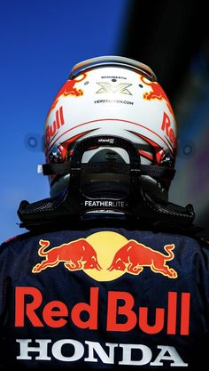 Cold Pictures, Bulls Wallpaper, Kevin Quinn, Flying Dutchman, Honda Cars, Thing 1, Red Bull Racing, F1 Drivers, Fast Cars