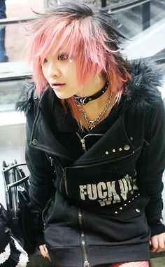 anikachu:  rmbr when I used to be all visual kei n shit
