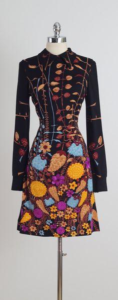 Fiori di Como . vintage 1970s dress . vintage by millstreetvintage