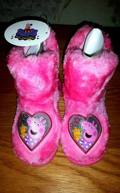 Peppa Pig Faux Fur Pink Slipper Boots Size 9 Booties kids infants pepper