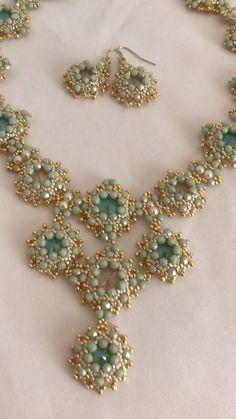 "Tutorial available for ""Summer"" - DIY Schmuck Bead Jewellery, Diy Jewelry, Handmade Jewelry, Jewelry Making, Jewelry Ideas, Diy Schmuck, Schmuck Design, Beaded Earrings, Beaded Bracelets"