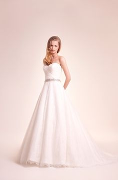 Sweetheart A-Line Wedding Dress with Natural Waist in Lace