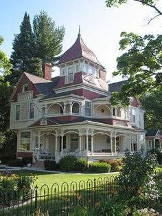 Victorian House by Jackbaby