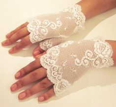 lace gloves for weddings | Lace Gloves | Wedding Ideas