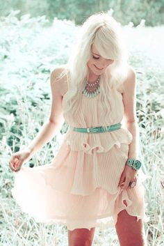 Super cute dress for spring and summer. Belted waist. Peach and mint: interesting color combination!