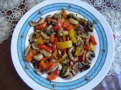Συνταγη Μανιταρια τηγανιτα με πιπεριες - YouTube Kung Pao Chicken, Ethnic Recipes, Youtube, Food, Youtubers, Meals, Youtube Movies