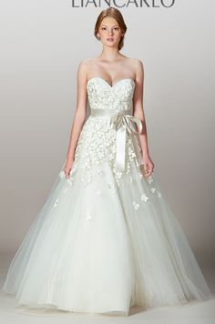 Full tulle skirt and sweetheart neckline on a Liancarlo wedding dress, Fall 2013
