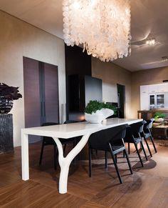 Dining Design Inspiration l Kolenik Eco Chic Design Decor, Luxury Flooring, Chic Interior Design, Cute Bedroom Decor, Luxury Dining Room, Dining Design, Interior Design Styles, Natural Dining Room, Interior Design