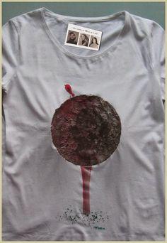 Camiseta como siempre personalizada y hecha a mano,para una chica a la que le encanta la naturaleza