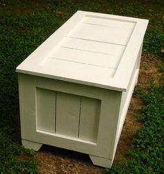 Antique White Rustic Reclaimed Cedar Toy Box, Blanket Chest, Coffee Table, Hope…
