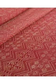 1975 Ruby-Gold with Linen