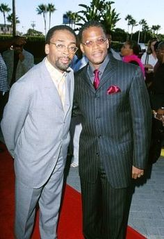 Spike Lee and D.L. Hughley at event of The Original Kings of Comedy (August 10, 2000)