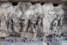 Arch of Titus' Menorah Panel depicting the artifacts of Second Jewish Temple, has been digitally reconstructed in vibrant colors. Jewish Temple, Temple In Jerusalem, Roman History, Art History, Arch Of Titus, Ancient Greek Sculpture, Sistine Chapel, Roman Art, Greek Art