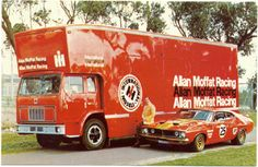 In 1974 Allan Moffat, International Harvester and Cooks Body Works, built Australia's first professional race car transporter. The racemobile GT (Great Truck) haul two race cars and crew. Australian Muscle Cars, Aussie Muscle Cars, Classic Race Cars, Classic Trucks, Vintage Race Car, Vintage Trucks, Cool Trucks, Big Trucks, The Great Race
