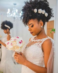 natural hair wedding styles 13 Breathtaking Natural Hair Updos For Weddings - The Blessed Queens Natural Hair Wedding, Natural Wedding Hairstyles, Natural Hair Updo, Natural Curls, Wedding Updo, Natural Hair Styles, Natural Hair Brides, Beautiful Hairstyles, Wedding Nails