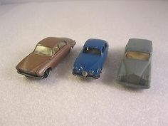 3 Matchbox/Lesney. Series No. 28c /44b /65a. 2 Jaguar's & 1 Rolls-Royce. Used.  - http://www.matchbox-lesney.com/48618