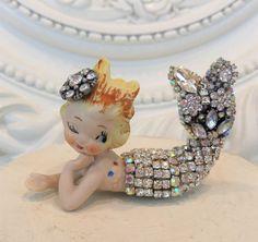 vtG RHINESTONE mErMaiD * JEWELS old earrings sTaTuE  figurine OMG! Cutie Pie *~*